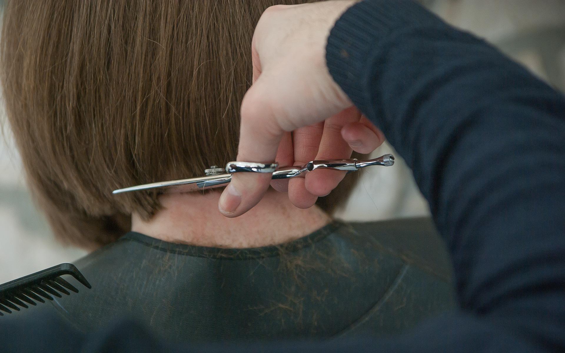 Innovative salon looking for hairdresser/colourist
