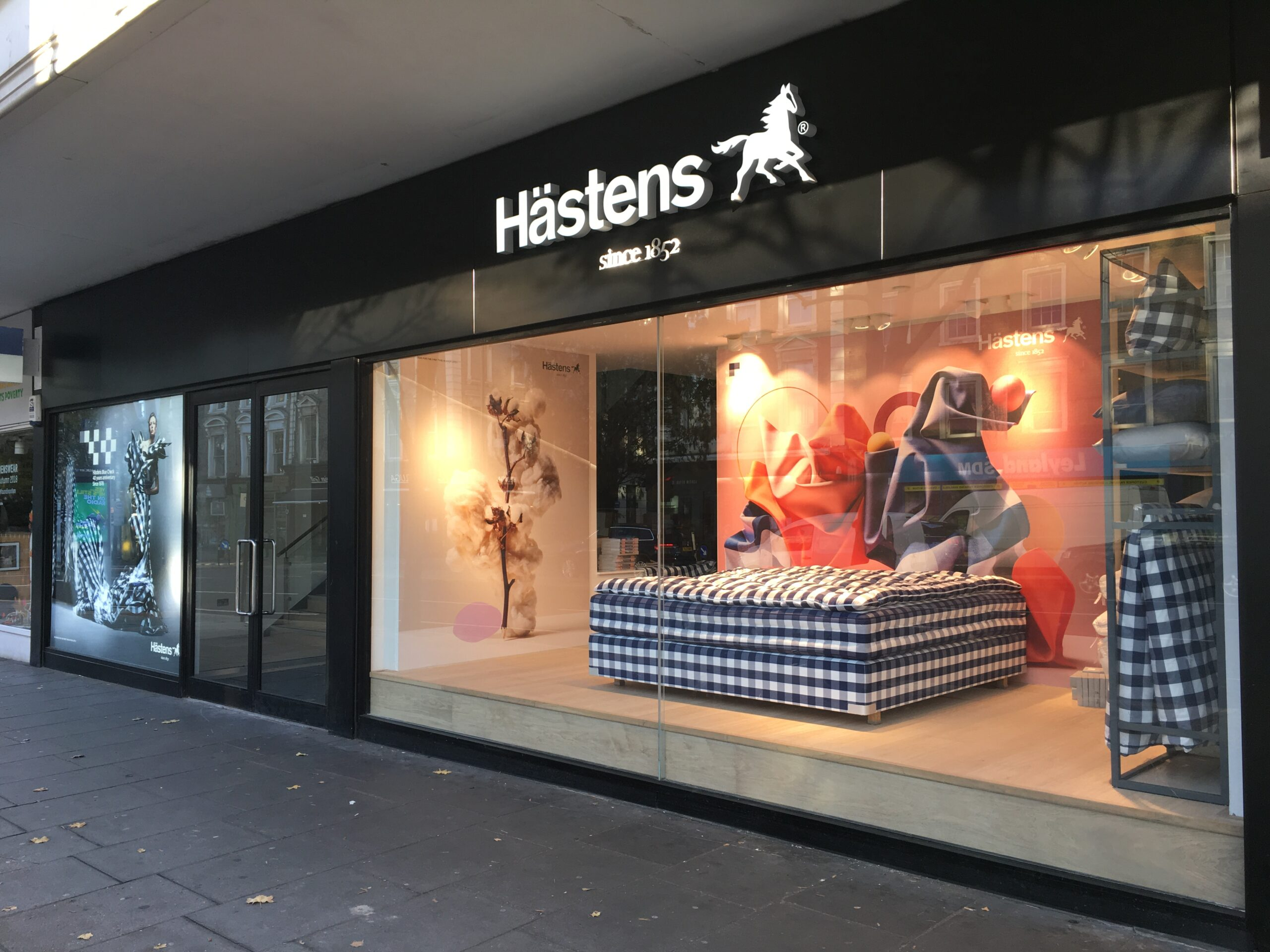 JOB: Sales Associate at HÄSTENS- London